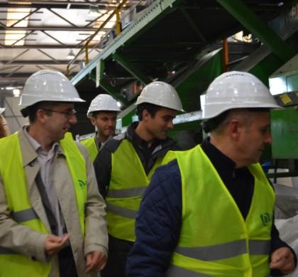 În căutare de soluții: Parlamentarii USR au vizitat cea mai mare stație de sortare deșeuri din Europa