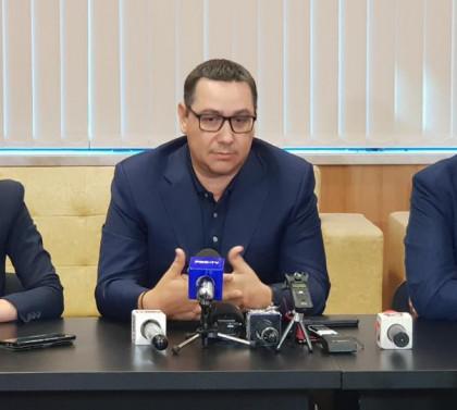 DCNews: Icee Fest. Deputat USR, nervos: Am dat bani să-l văd pe Ponta!